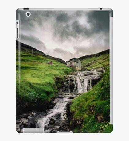 Haldarsvik Mist iPad Case/Skin
