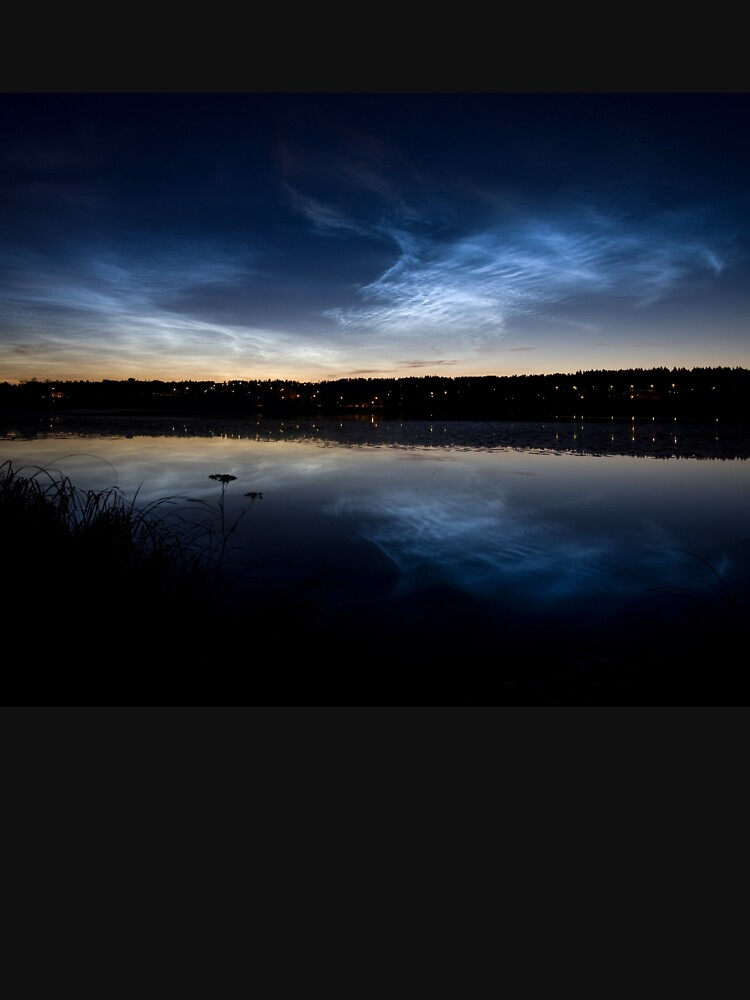 Noctilucent clouds by Juhku