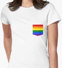 Camiseta entallada para mujer lgbt + orgullo bandera de bolsillo