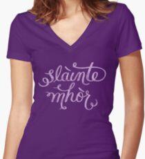 Slainte Mhor - Outlander Women's Fitted V-Neck T-Shirt