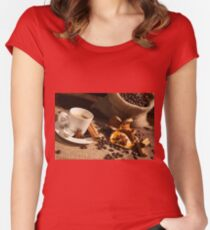 Close-up of coffee cup with star anise and cinnamon Women's Fitted Scoop T-Shirt