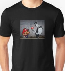 Camiseta ajustada Banksy - Policía y seta de Mario