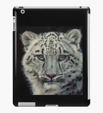 Snow White - snow leopard  iPad Case/Skin