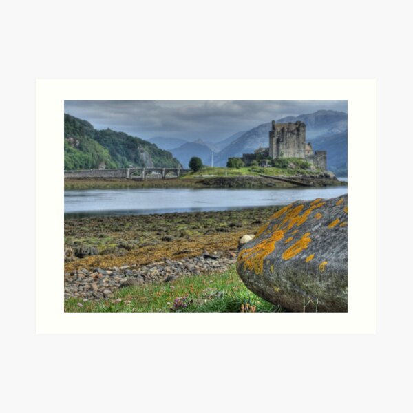 Eilean Donan Castle  198, the Highlands, Scotland Art Print