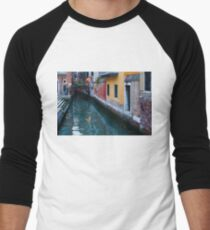 Impressions Of Venice - Canal Reflections Colorful Facades and a Charming Christmassy Bridge Men's Baseball ¾ T-Shirt