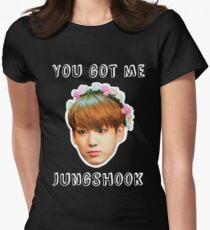Jungshook Women's Fitted T-Shirt