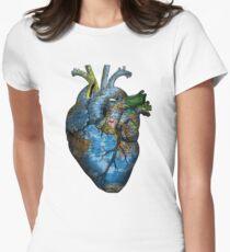 Corazón Errante Camiseta entallada para mujer