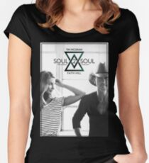 TIM MCGRAW & FAITH HILL SOUL 2 SOUL WORLD TOUR 2017 Women's Fitted Scoop T-Shirt