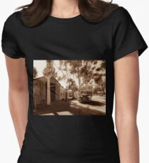 Old Garage Women's Fitted T-Shirt