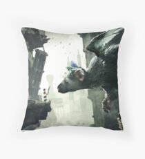 The Last Guardian V.2 Throw Pillow
