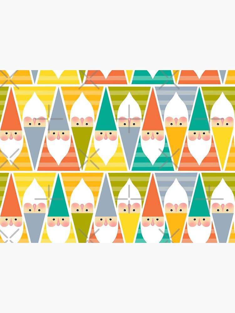 Gnomes by Elenanaylor