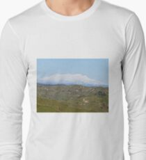 Mt Ruapehu, New Zealand Long Sleeve T-Shirt