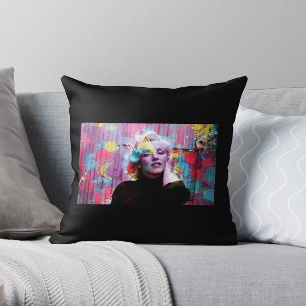 I just want to be wonderful series  Throw Pillow