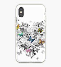 einfarbige Schmetterlinge mit bunten Schmetterlingen iPhone-Hülle & Cover