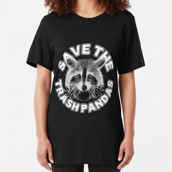 Du willst, dass diese lustigen Nachtschwärmer wissen, dass du ein Freund bist. Dieses Shirt kennzeichnet einen Waschbären Slim Fit T-Shirt