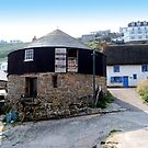 Round House, Sennen Cove by hootonles