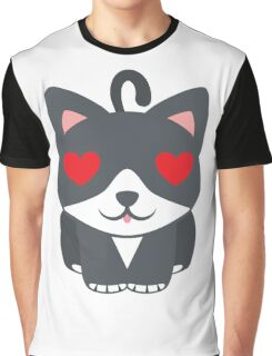 Lovely Cat Emoji Heart and Love Eyes Graphic T-Shirt
