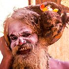 Sadhu and his cell phone - near PK Puram, Tamil Nadu von indiafrank