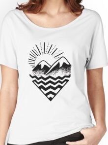 Hill Sunset Graphic Women's Relaxed Fit T-Shirt