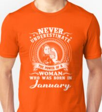 The power of a woman who was born in January T-shirt Unisex T-Shirt
