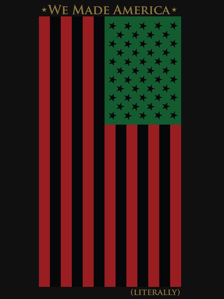 ROT SCHWARZ UND GRÜNE FLAGGE von AFRICANAPPAREL