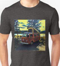 Lakefront Volkswagen Bus Westfalia Vintage VW Unisex T-Shirt