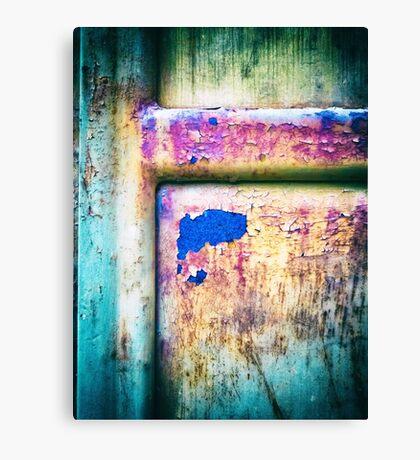 Blue in rusty door Canvas Print