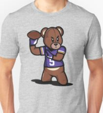 VICTRS - Teddy Football™ Slim Fit T-Shirt