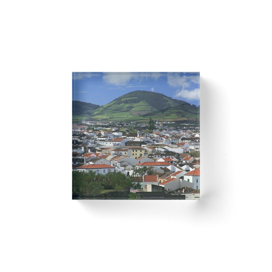 ribeira grande divorced singles Country house in azores - s miguel is set in ribeira grande and offers   bedroom 1: 2 single beds bedroom 2: 1 large double bed living room: 1 sofa  bed.