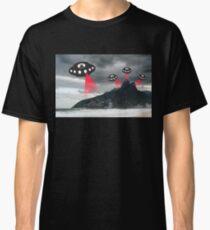 Alien invasion, Rio de Janiero Classic T-Shirt