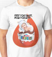 Tinder Suprise - SWIPE V2 T-Shirt