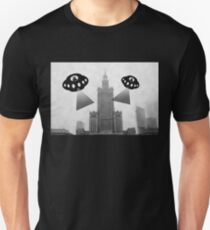 Aliens attack Warsaw T-Shirt