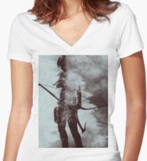 Lara Croft - Tomb Raider v2 Women's Fitted V-Neck T-Shirt