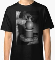 Potter at work Classic T-Shirt
