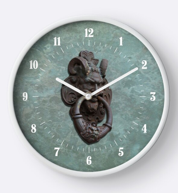 Studio Dalio - Rusty Iron Gargoyle Door Knocker Clock