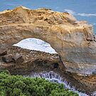 The Arch - Great Ocean Road, Victoria by TonyCrehan