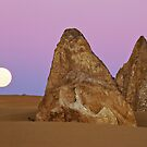 Pinnacles Moon by Dieter Tracey