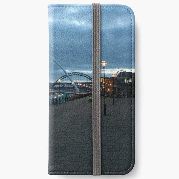 The Quayside iPhone Wallet