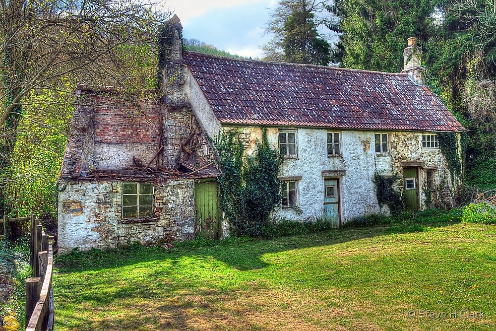 Dilapidated Cottages in Tintern by © Steve H Clark
