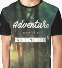 Adventure awaits go find it! Graphic T-Shirt