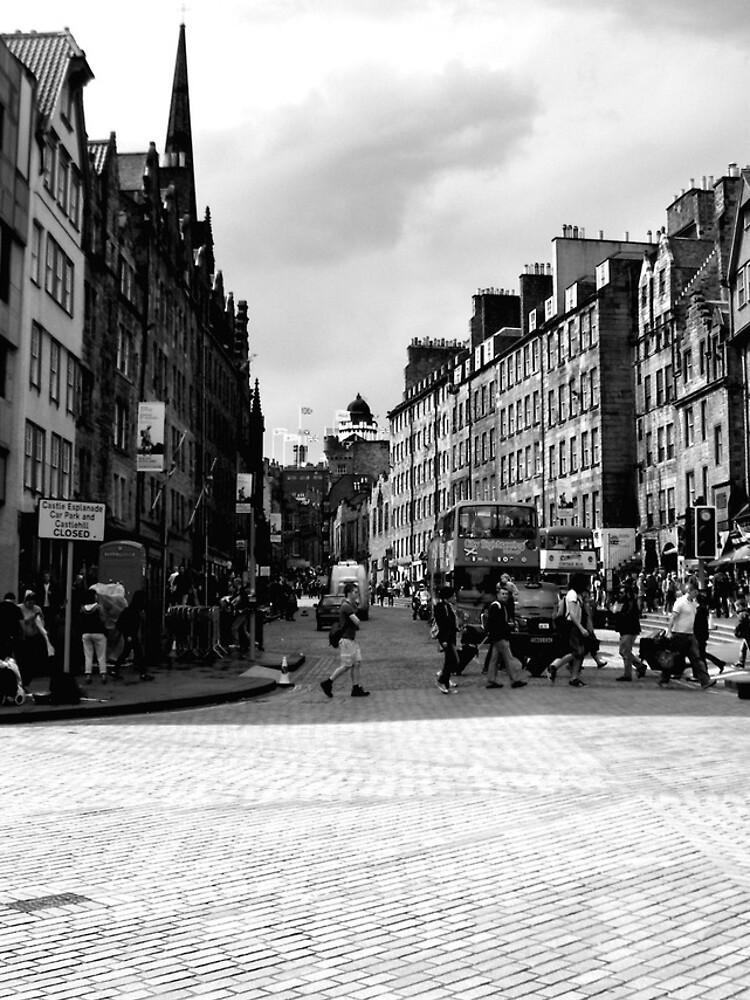 Castle Approach, Edinburgh by robsteadman