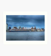 Queen Elizabeth at the Cruise Terminal Liverpool Art Print
