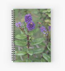 Flor y abeja Spiral Notebook
