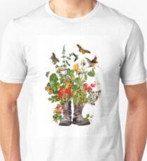 THE PILGRIM Unisex T-Shirt