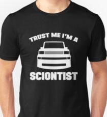 Vertrau mir Ich bin ein Sciontist Slim Fit T-Shirt