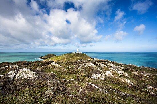 Strumble Head Lighthouse, Pembrokeshire by Heidi Stewart