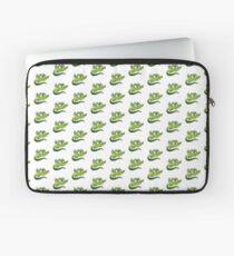 Green flying Dragons Laptop Sleeve
