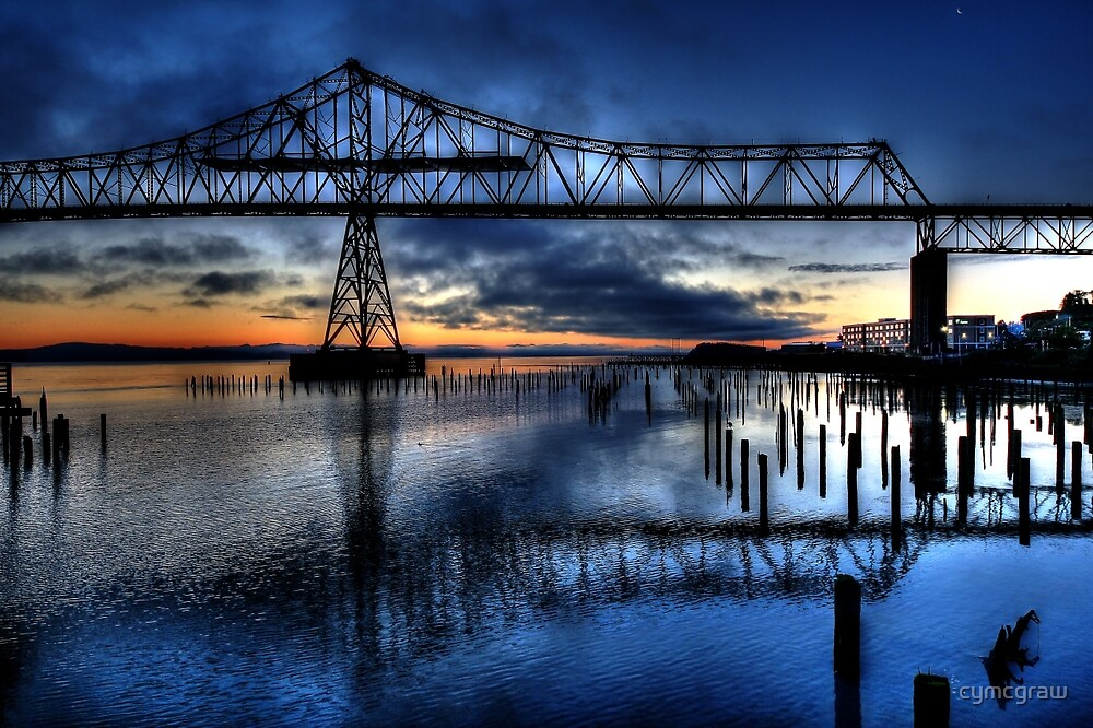 Astoria Bridge connecting Oregon to Washington (USA) by cymcgraw