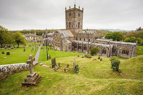 St Davids Cathedral, Pembrokeshire by Heidi Stewart