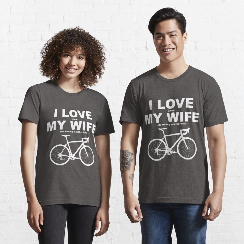 I LOVE MY WIFE* Essential T-Shirt